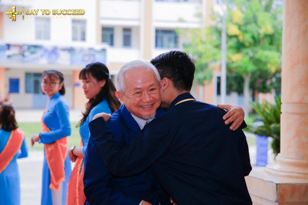 Sự ấm áp, thân thiện của người Thầy Phan Văn Trường